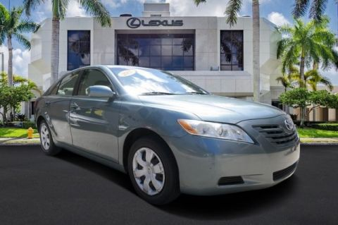 Pre-Owned 2007 Toyota Camry LE FWD 4D Sedan