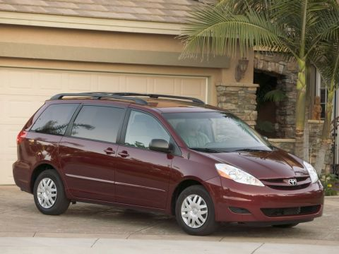 Pre-Owned 2006 Toyota Sienna XLE FWD 4D Passenger Van