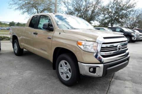 New 2017 Toyota Tundra SR5 2WD 4D Double Cab